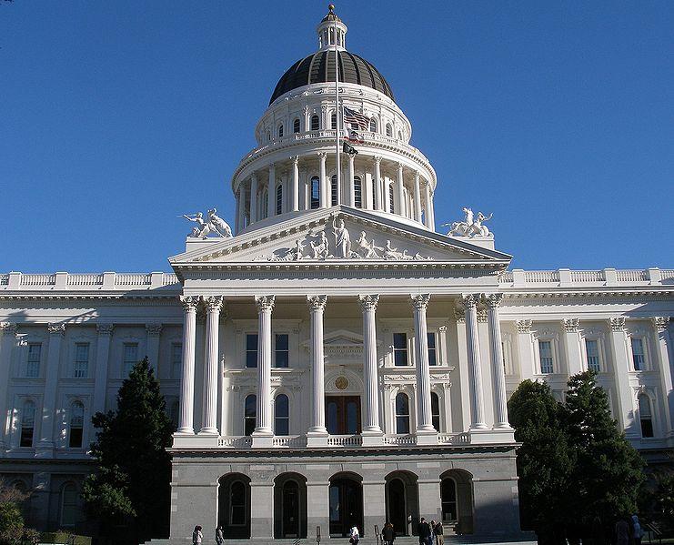 741px-californiastatecapitol