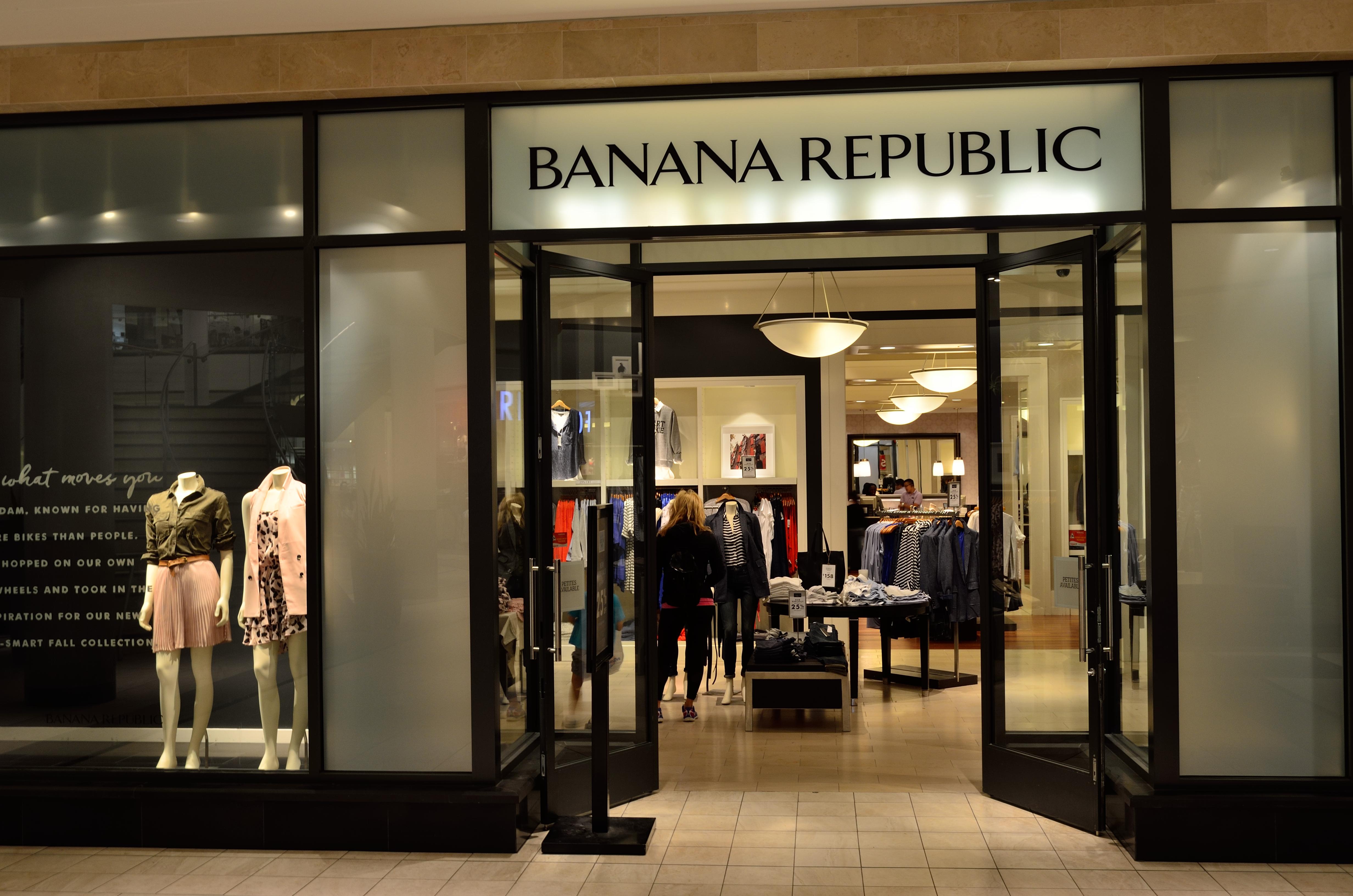 BananaRepublicMarkville