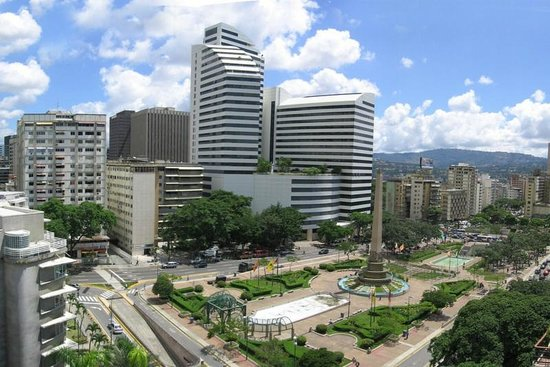 plaza-de-altamira