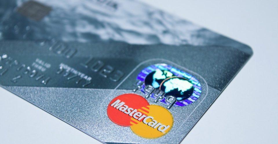 mastercard se una a alianza Blockchain de educación
