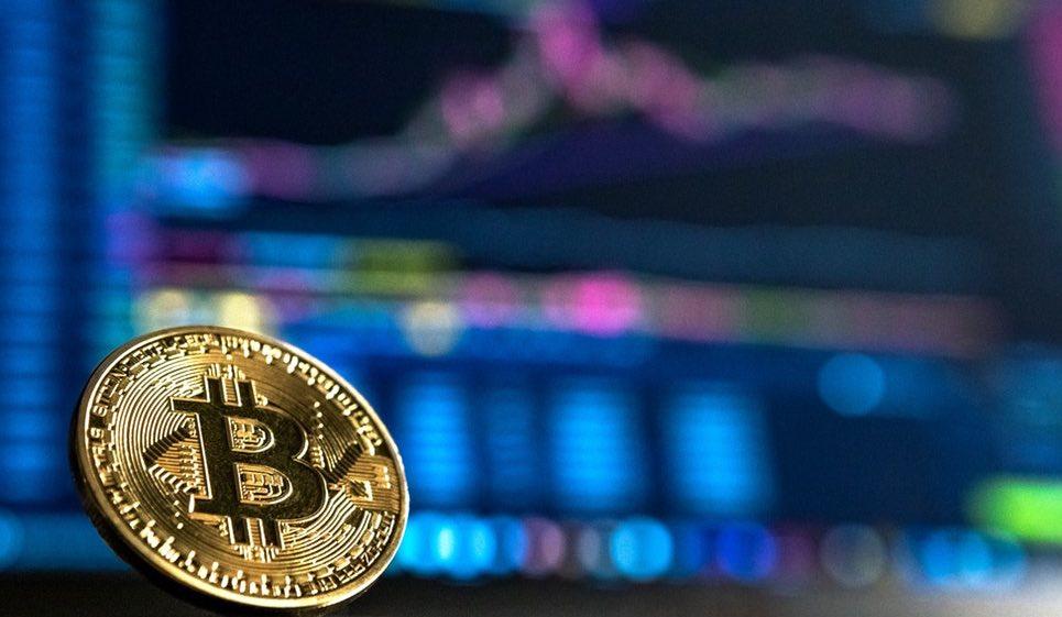 Los expertos de Bitcoin aconsejan seguir diversos métodos para comprar y vender Bitcoin, ya que es difícil predecir exactamente los momentum y las variaciones. Fuente: Diario Bitcoin.