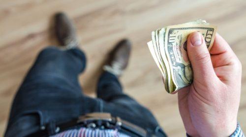Venezolanos desconfían de bancos