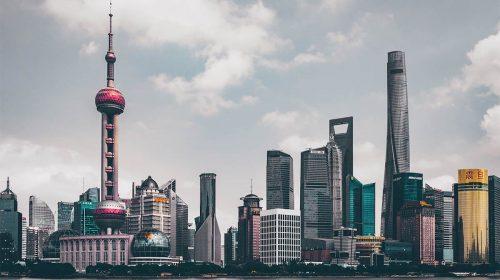 china shanghai edificios skyline via Unsplash