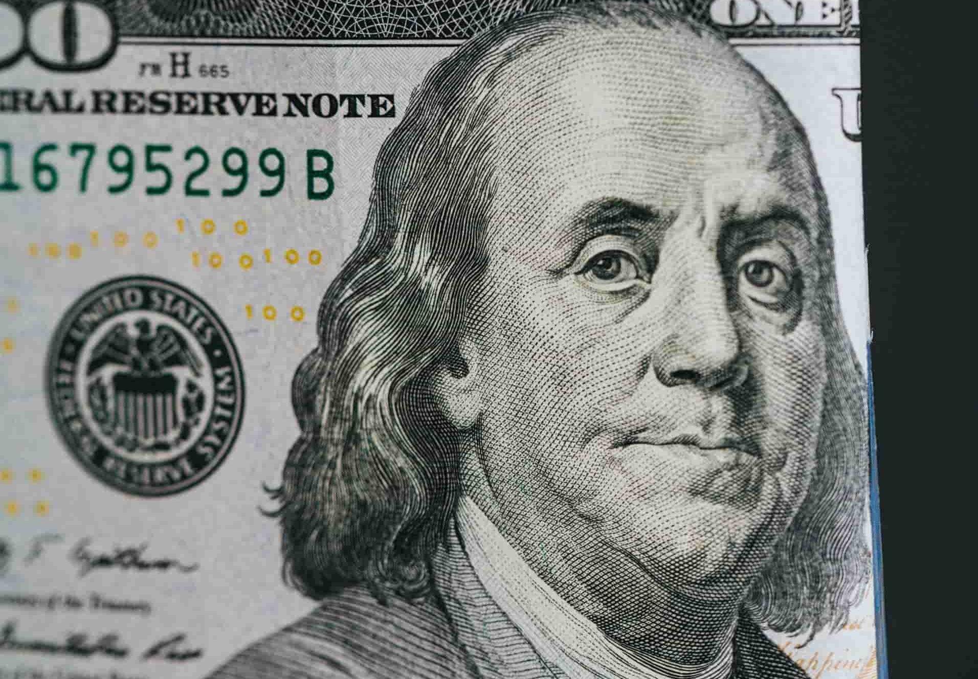 dolar-fed-unsplash