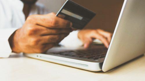Mastercard pagos en línea unsplash